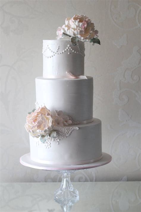 what is chagne made 3 tier wedding cake with edible lace best wedding cake 2018