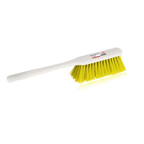prodotti pulizia tappeti spazzola per tappeti haccp giallo ippa