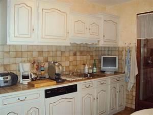 Cuisine Repeinte En Blanc : cuisine repeinte blanc ecru chinons et kolorons ~ Melissatoandfro.com Idées de Décoration