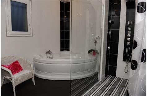 model de faience pour cuisine emejing modele carrelage salle de bain noir et blanc ideas