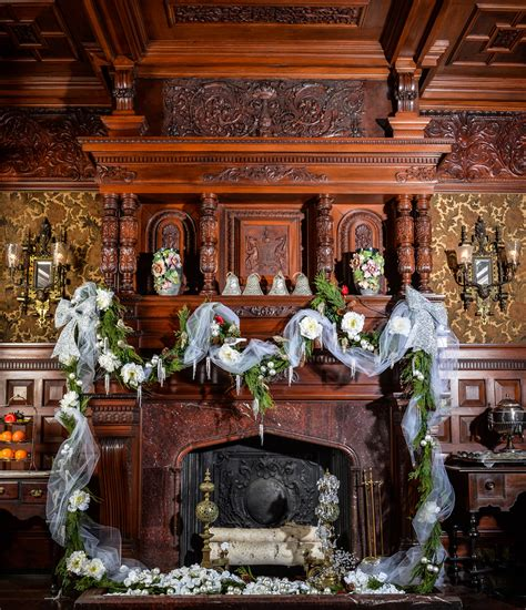 decorated great estates historic homes  dutchess