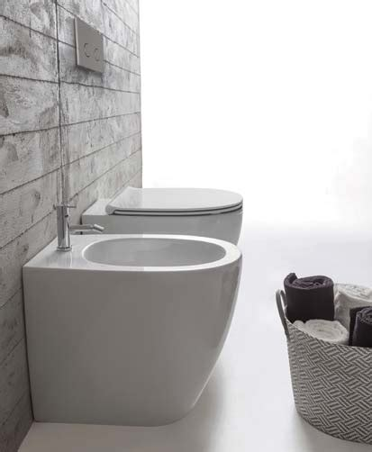 remplacer un bidet par un wc des solutions 233 conomiques pour se laver aux wc