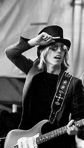 Rock legend Tom Petty dies at 66 - The Riviera Maya Times