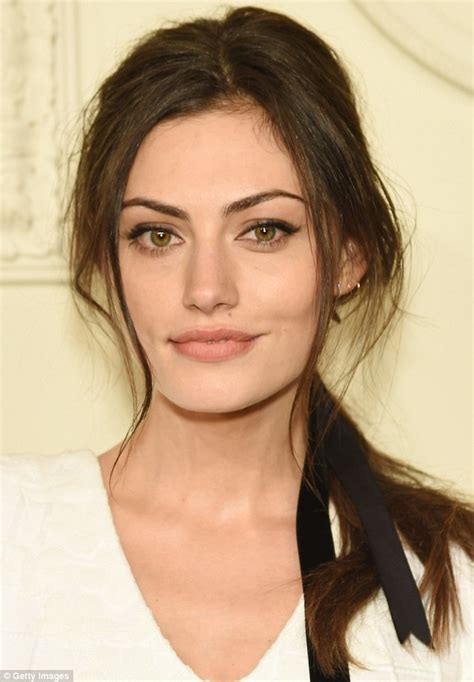 sleeper earrings phoebe tonkin rivals chanel 39 s top models with slim