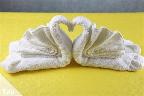 handtuch falten geschenk handt 252 cher falten als geschenk