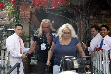 dog and beth on the hunt duane dog chapman hot girls