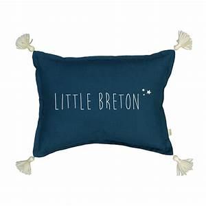 Coussin Bleu Pétrole : marin le coussin little breton bleu p trole little marmaille ~ Teatrodelosmanantiales.com Idées de Décoration