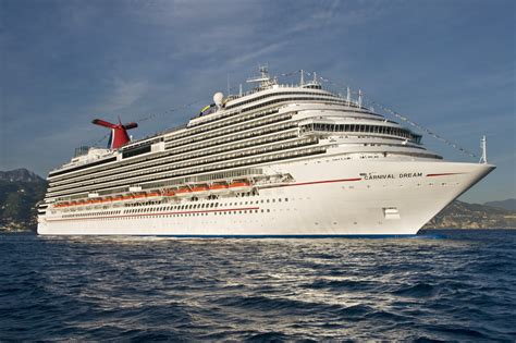 New Orleansu2019 Largest Cruise Ship 3646-Passenger Carnival Dream Sails On Inaugural Cruise From ...
