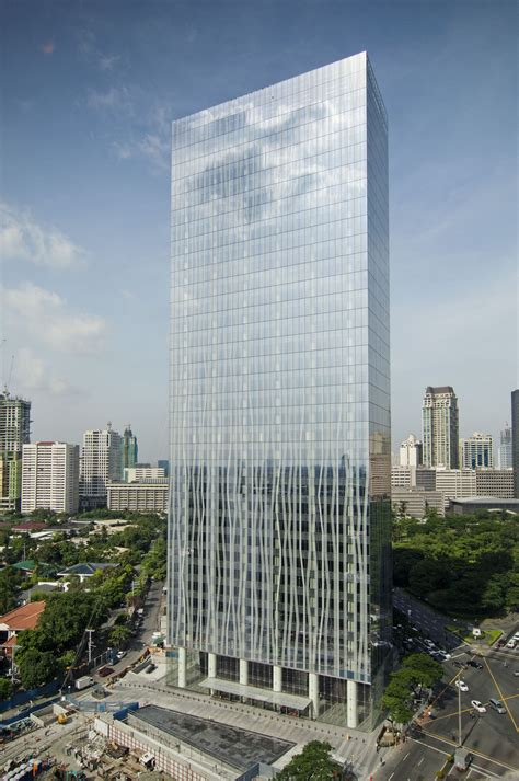 zuellig building  skyscraper center