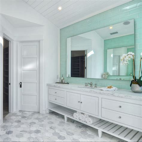 Coastal Bathroom Ideas by Signs That S Time For Bathroom Remodeling Home Bunch