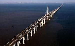 China builds world's longest bridge - Telegraph