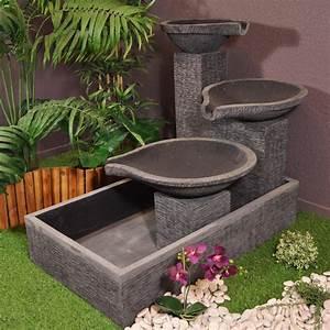 jardin galet excellent idee deco jardin avec cailloux With salle de bain design avec cailloux de décoration jardin