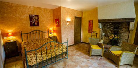 chambres d hotes chateauneuf en auxois chambre jaune gite et chambre d 39 hôtes à chateauneuf en