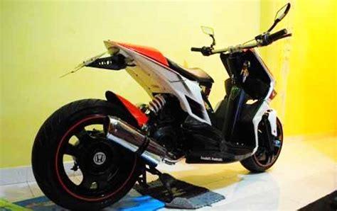 Modifikasi Motor Beat Tahun 2010 by Modifikasi Motor Honda Beat Terbaru Ban Besar Dan Ban