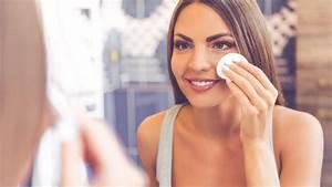 ölfleck Entferner Test : augen make up entferner im test gute abschminkprodukte m ssen nicht teuer sein ~ Orissabook.com Haus und Dekorationen