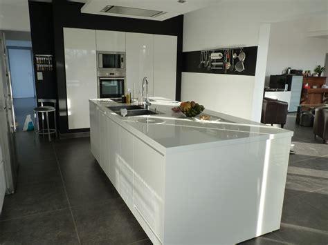cuisine moderne avec ilot central cuisine avec ilot central et table prix ilot central