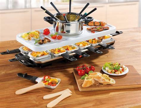 fondue set kaufen gourmetmaxx raclette und fondue set raclette und fondue set 12 raclettepf 228 nnchen 1600 w