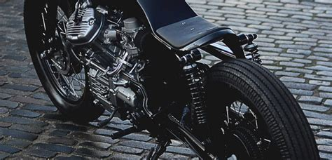 Black Beauty Von Auto Fabrica