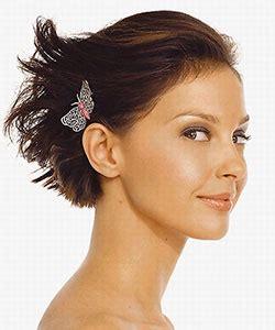 sweet hair accessory ideas  short hair