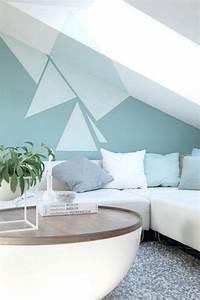 Wände Streichen Farbe : wand streichen muster ideen wohnzimmer dachschraege gruentoene dreiecke interiors iii ~ Markanthonyermac.com Haus und Dekorationen