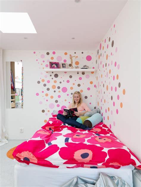 deco mur chambre ado chambre ado fille en 65 idées de décoration en couleurs
