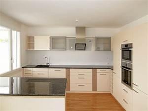 Kleine Küche Mit Insel : k chen welcome home immobilien ~ Sanjose-hotels-ca.com Haus und Dekorationen