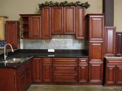 classic cherry kitchen cabinets brighter kitchen paint colors with cherry cabinets 5427