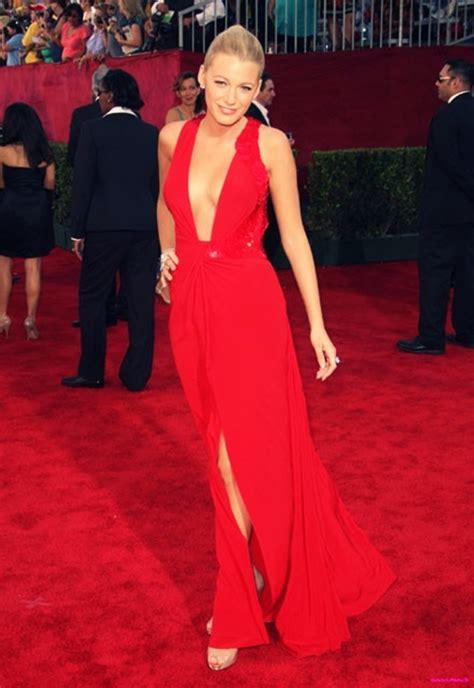 Top 5 Celebrities In Red Dresses 2011