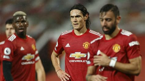 Rooney backs Man Utd to win Premier League title and hails ...