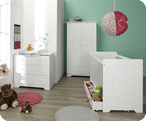 image chambre bebe chambre bébé complète oslo blanche chambre bébé design et écologique