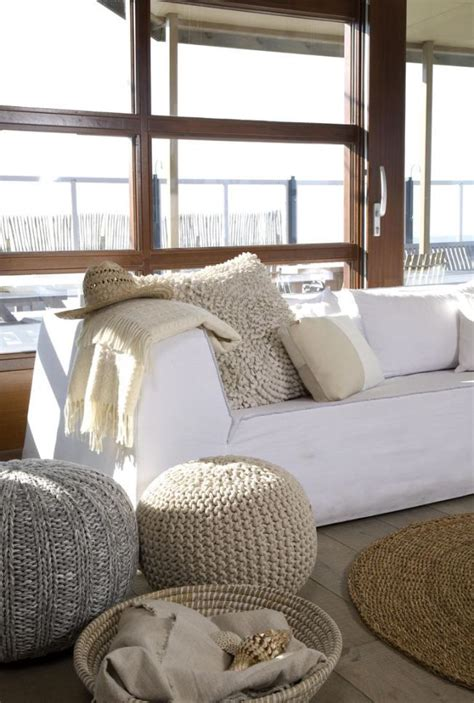 Living Room Poufs by Diy Knitted Poufs For A Unique Accent To Your Home