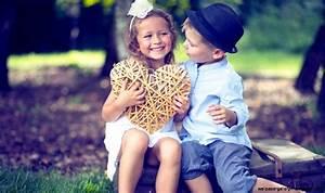 Cute In Love Kids Wallpaper | Wallpaper Gallery
