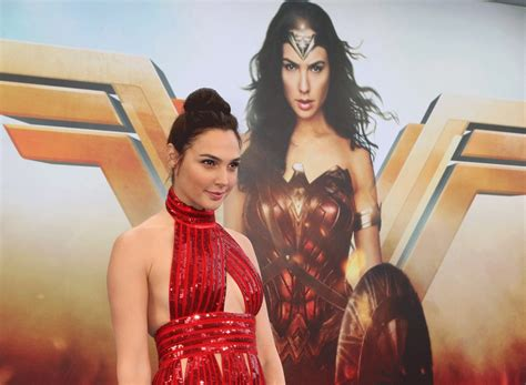 How Gal Gadot Got Into Wonder Woman Shape Eat This Not That