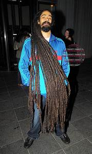 Damian Marley's dreads... I can't even imagine how heavy ...
