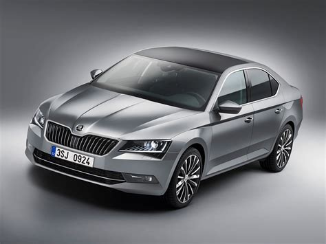 skoda superb 2015 skoda superb unveiled 2015 and it s now a hatchback by car magazine