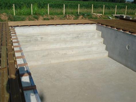 Construire Un Escalier En Béton Cellulaire by Comment Construire Escalier Beton Piscine La R 233 Ponse Est