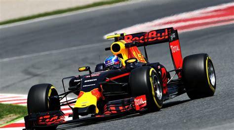 Williams test nieuwe onderdelen in portugal williams heeft dit seizoen nog geen punten gescoord. Kapotte vloer oorzaak spin Max Verstappen - StartNu123