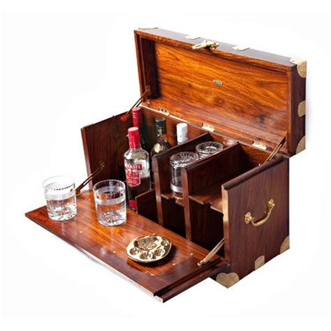 Portable Bar Furniture by Best 25 Caign Furniture Ideas On Cing