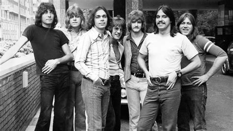 Chicago Band Billboard 1960s 1500x845 919 Wfpk