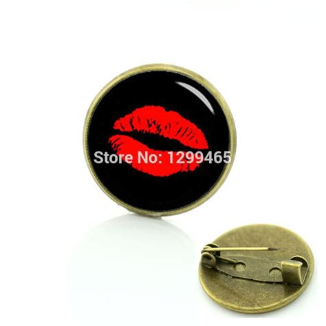 Elegant And Charming Red Lip Prints Brooches Vintage