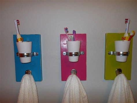 26 great bathroom storage ideas 25 best ideas about toothbrush storage on