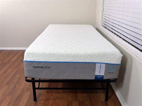 tempurpedic mattress prices loom and leaf vs tempurpedic mattress review sleepopolis