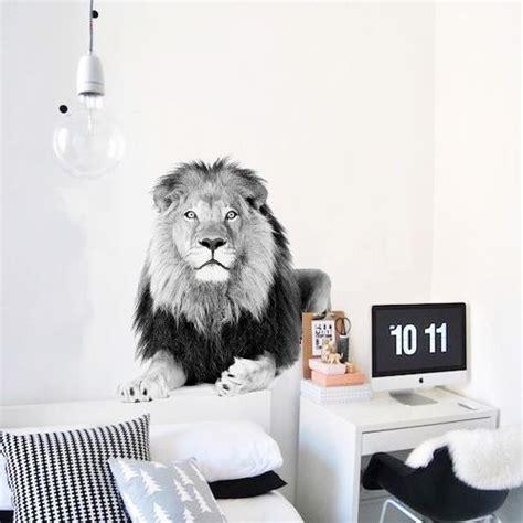 muursticker zwart wit leeuw josephine witte leeuwen