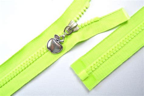 reißverschluss zipper shop rei 223 verschl 252 sse l 228 nge 70cm rei 223 verschluss teilbar motivzipper apfel l 228 nge 70cm kunststoffzahn