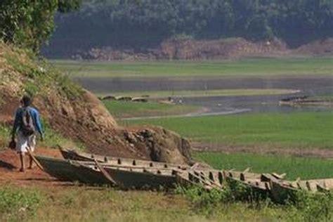 Keseruan rihlah/wisata ke danau saguling yang terletak di kp. Danau Saguling Surut - Cuaca Buruk Puluhan Ton Ikan Di Keramba Apung Waduk Saguling - Tinggi ...