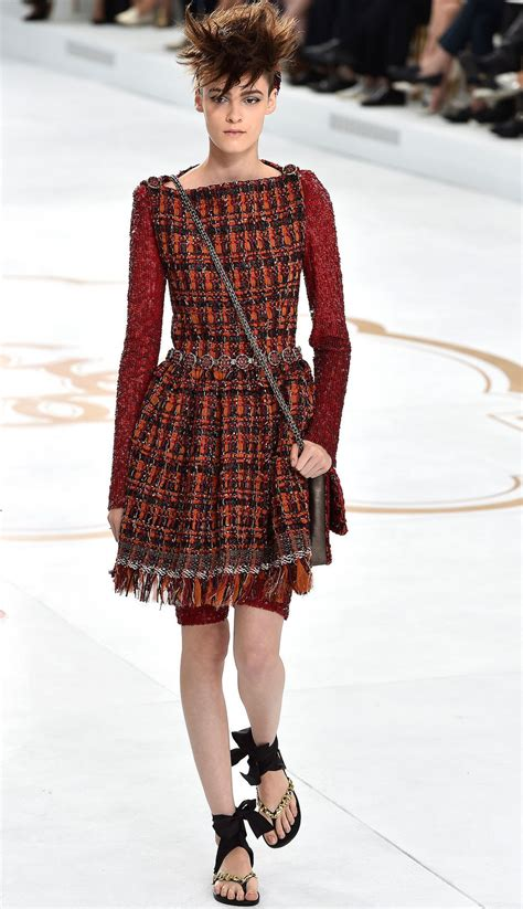 Kendall Jenner Chanel Haute Couture Runway - Paris Fashion ...