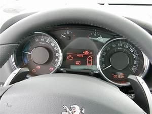 Taille Coffre 3008 : essai vid o peugeot 3008 hybrid4 le premier hybride diesel au monde est il une r ussite ~ Medecine-chirurgie-esthetiques.com Avis de Voitures