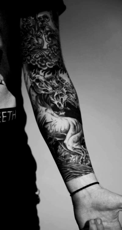 N a m a s t ê ! ! ! (With images)   Dragon sleeve tattoos