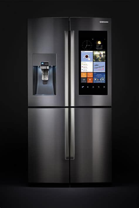 samsungs family hub refrigerator  tabs   food