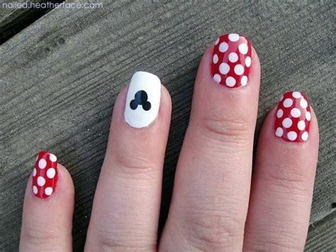 latest  easy nail art designs  short nails